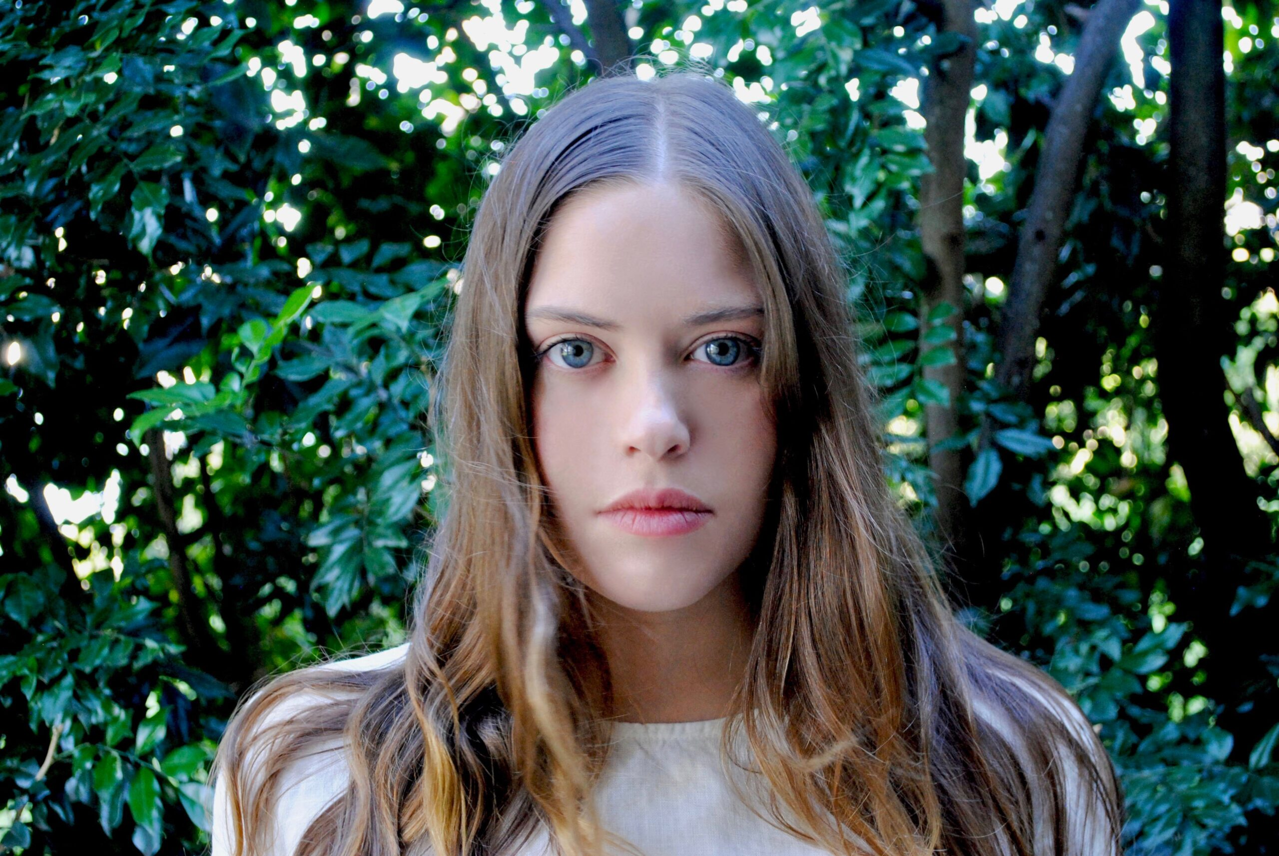 SYDNEY'S GRACE FARRISS SHARES FUNKY SINGLE 'ALL THE PEOPLE'