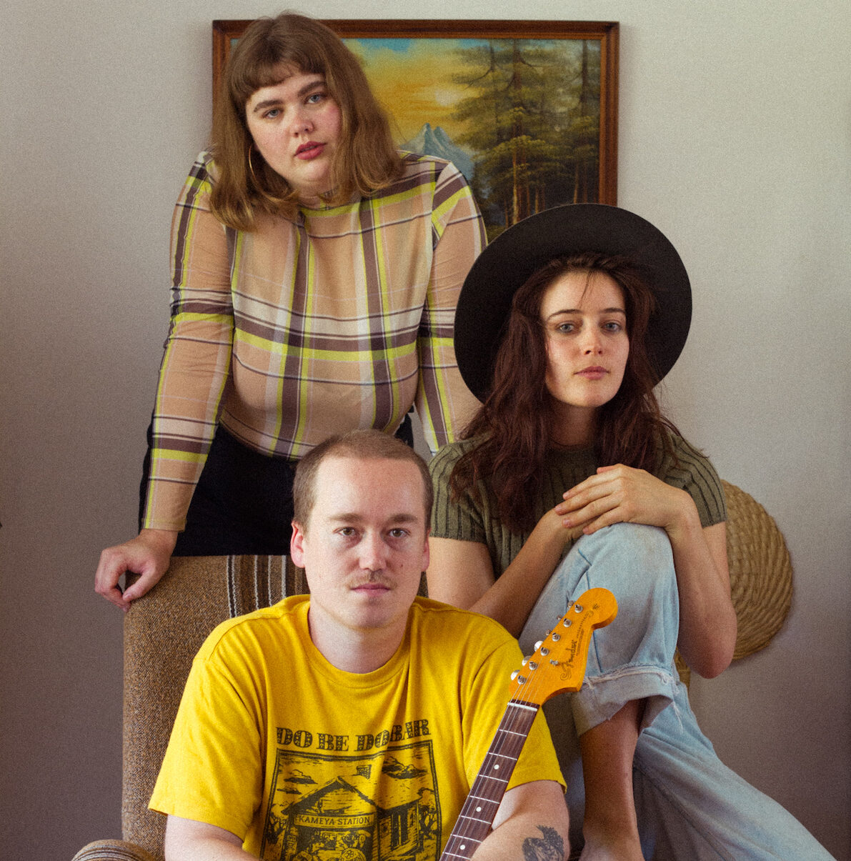 MEANJIN BASED NEW-WAVE TRIO LOULOU RELEASE DEBUT EP 'IT SPILLS OUT' // OUT NOW!