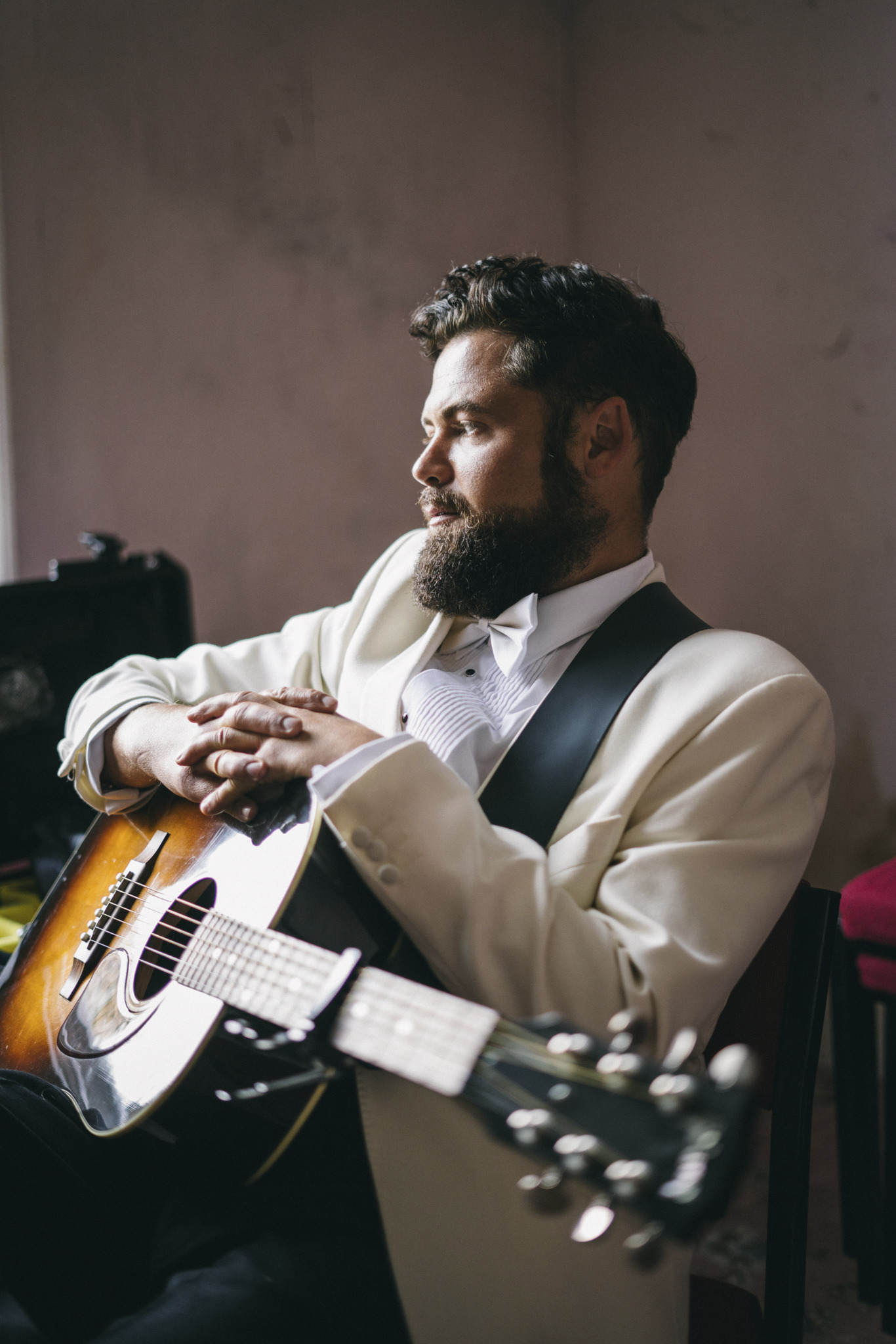 Passenger Releases New Album- SONGS FOR THE DRUNK AND BROKEN HEARTED