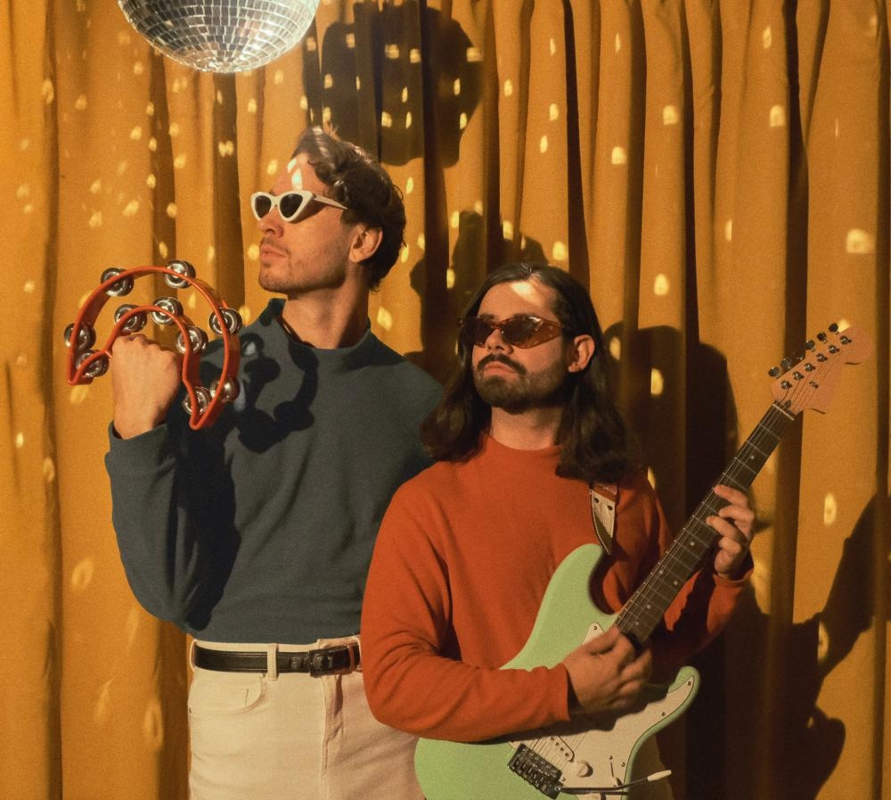 """BEACH PANIC! TRAVEL BACK IN TIME WITH NEW SURF ROCK SINGLE """"KINDRED"""""""