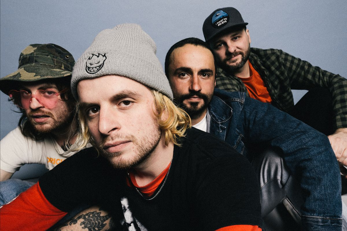 LOSER RELEASES NEW SONG AND VIDEO 'SKYWARD'