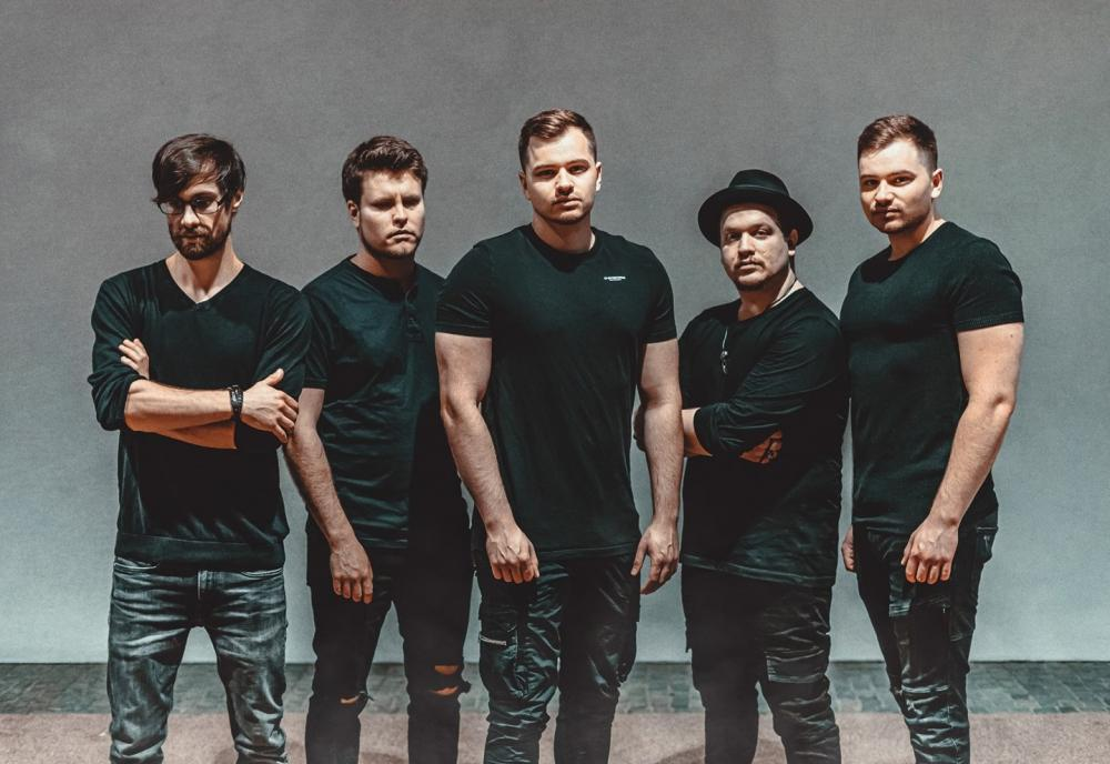 FROM FALL TO SPRING SIGN TO ARISING EMPIRE RECORDS & RELEASE NEW SINGLE/VIDEO 'BLACK HEART'!