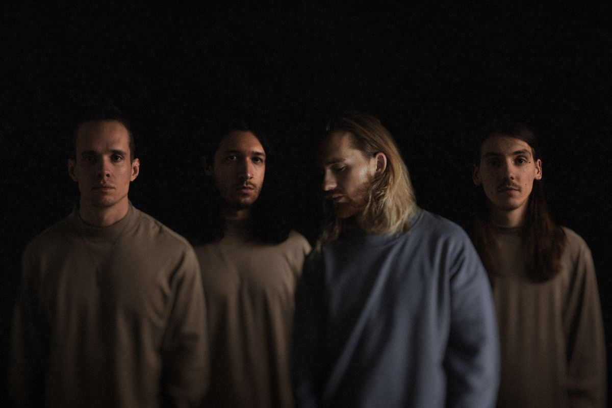 INVENT ANIMATE ANNOUNCE NEW EP 'THE SUN SLEEPS  AS IF IT NEVER WAS' OUT SEPT 23