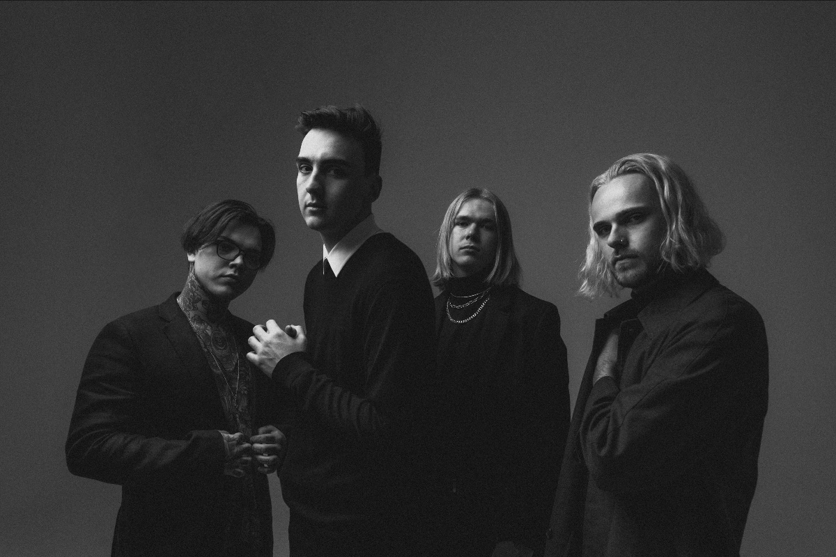 """HEADWRECK TAKE LISTENERS ON A CHAOTIC JOURNEY WITH NEW SINGLE """"EMPTY SPACE"""""""