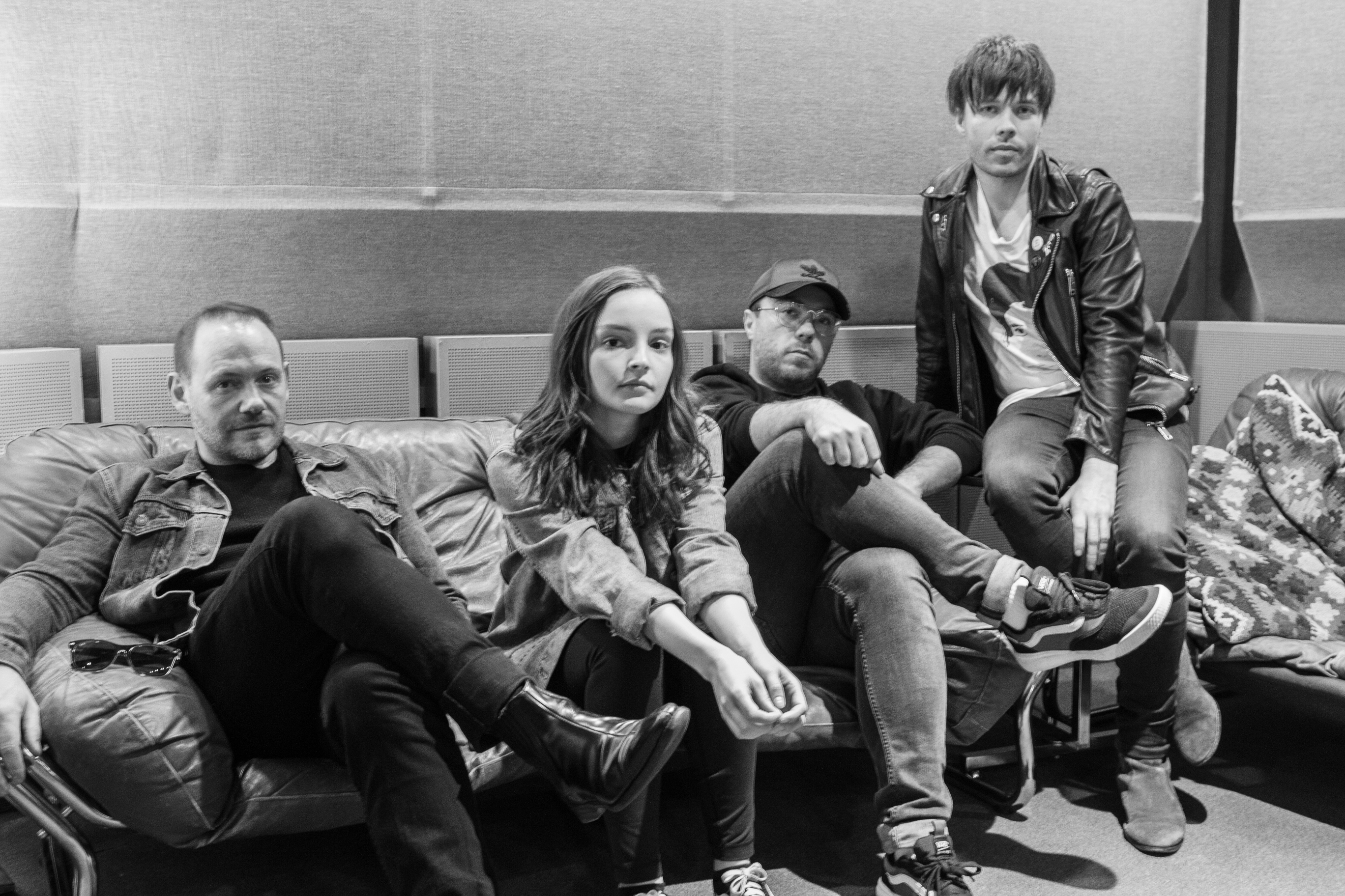 CHVRCHES ANNOUNCE THE HANSA SESSION EP