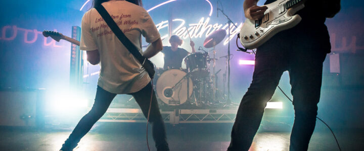 DZ Deathrays shut down the crowd on their Bloody Lovely Tour!